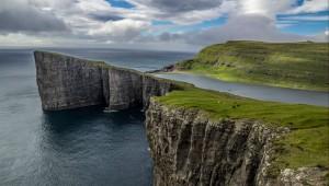 Faroer, meer boven de oceaan